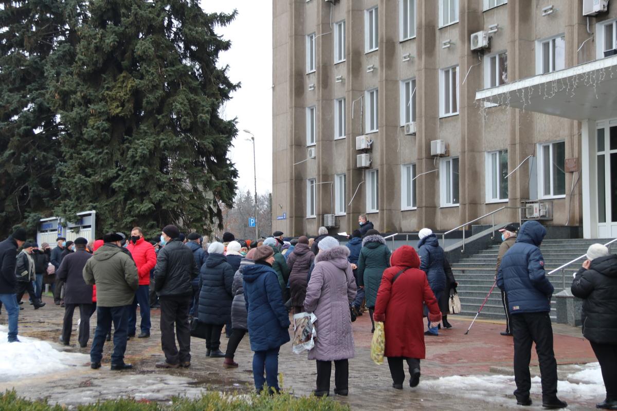 Жители Никополя обещают продолжить акции протеста