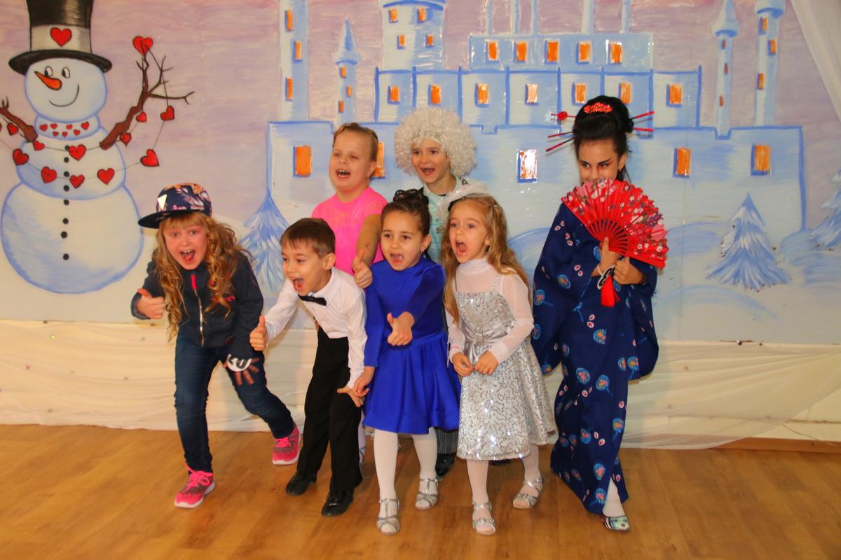 В Никополе проходит конкурс талантов для детей от 4-х лет