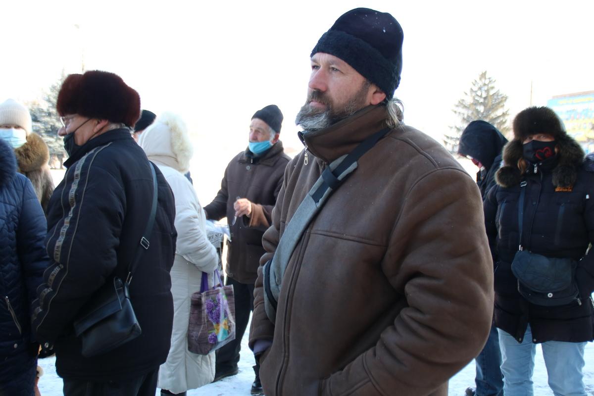 Митингующие требуют вернуть не только льготный тариф на электроэнергию