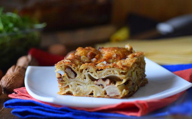 Лазанья с картофелем и грецкими орехами