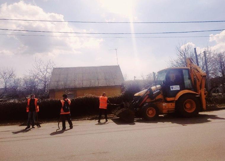 Дорогу убирали сотрудники коммунального предприятия «Горавтодор-1»
