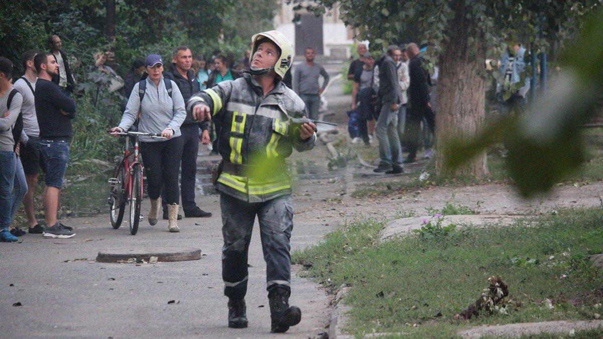 Масштабный пожар в Никополе на проспекте Трубников