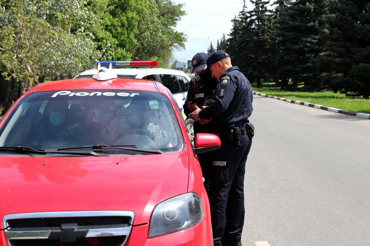 Более сотни нарушений ПДД зафиксировали в Никополе, фото-1