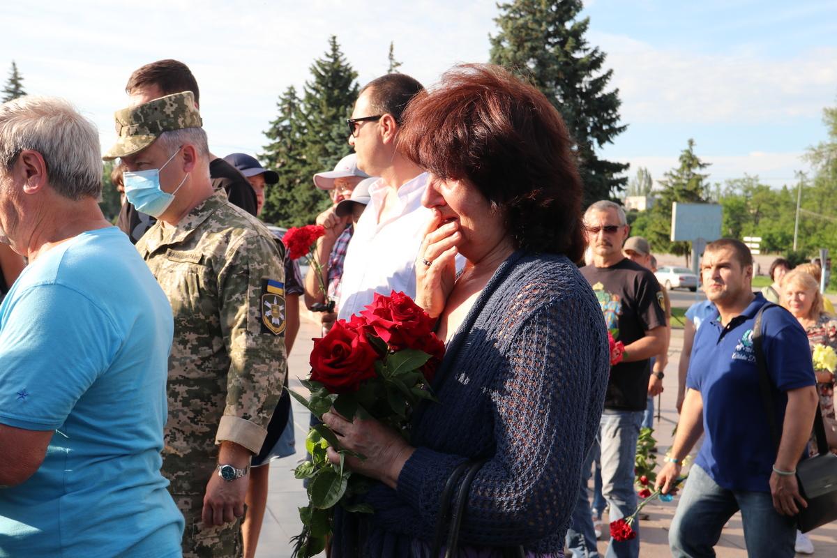 Память погибших десантников почтили в Никополе, фото-6