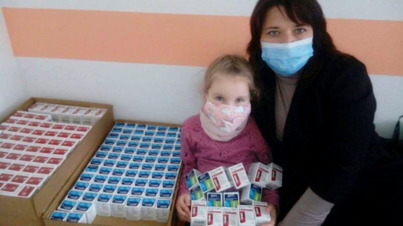 Никопольский детская больница получила тест-полоски для детей