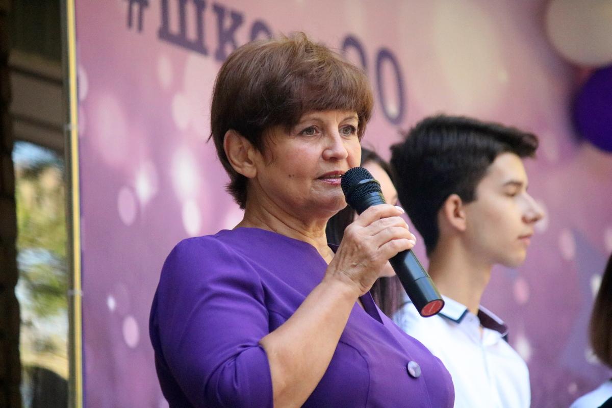 Директор школы № 20 Наталья Николаевна Юркевская