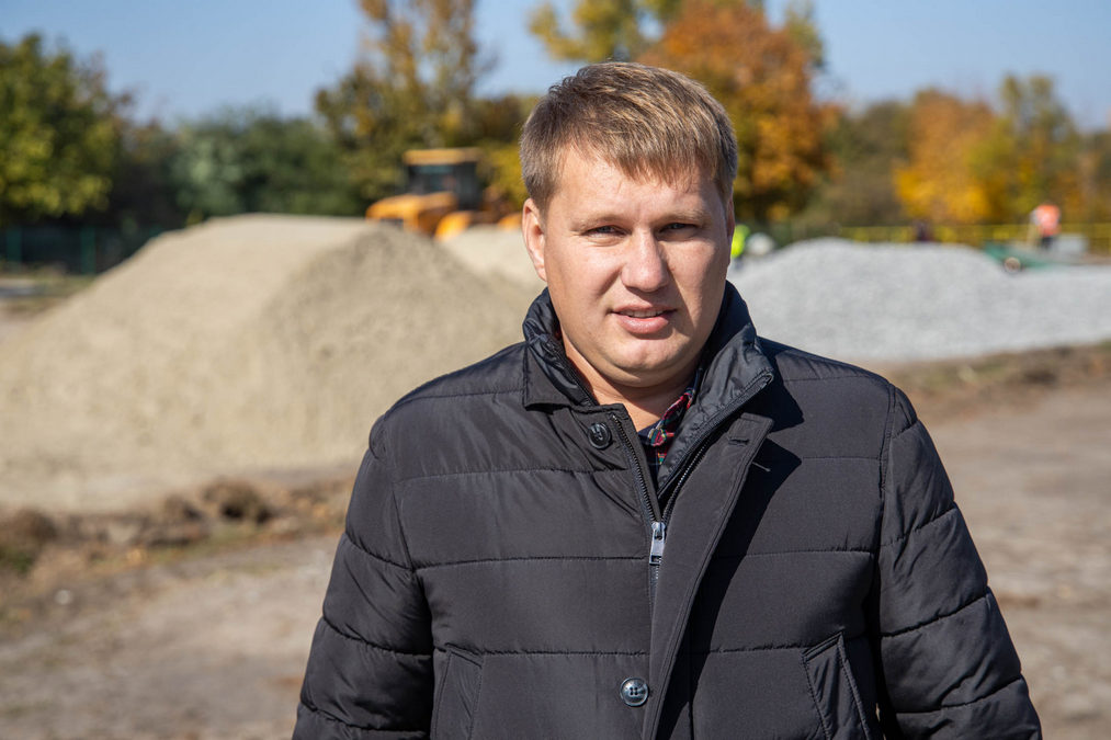 У Томаківці почали реконструювати шкільний стадіон